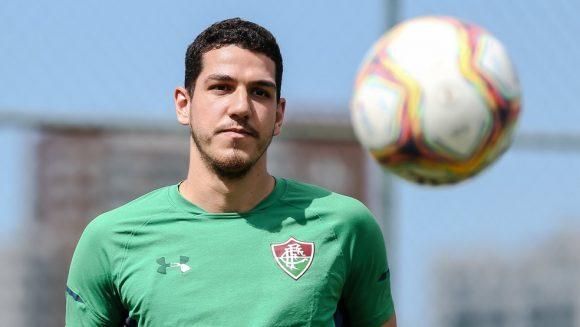 Clube paulista aceitou pagar parte do salário do lateral-esquerdo, que vai vestir a camisa alvinegra até fevereiro de 2021