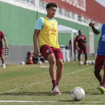 Fora dos planos do Fluminense para 2020, trio é liberado para procurar novos clubes