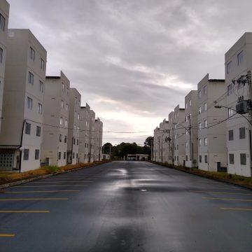 Minha Casa Minha Vida em Nova Iguaçu: Condomínio no bairro Ipiranga só teve um de cinco blocos construídos entregue aos contemplados