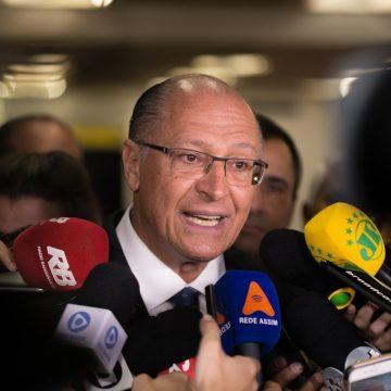 Alckmin é indiciado por suspeita de lavagem de dinheiro, caixa 2 e corrupção