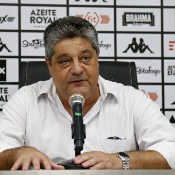 """VP de futebol do Botafogo avalia movimentações no mercado: """"Time atrativo traz receita"""""""