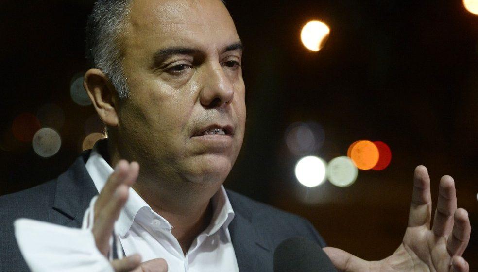 Por novo técnico, Flamengo marca reuniões com Torrent e Carvalhal na Europa
