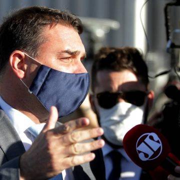 Em depoimento, Flávio Bolsonaro disse desconhecer vazamento de operação que mirou Queiroz
