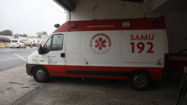 Um terço das ambulâncias do Samu está inoperante, sem profissionais e manutenção