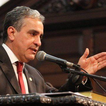 Assembleia do Rio avalia criar nova comissão do impeachment com todos os 70 deputados estaduais