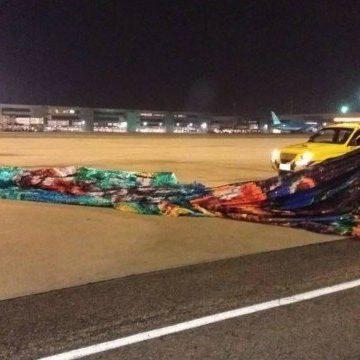 Grupo invade o Galeão e troca tiros com policiais atrás de balão que poderia causar 'acidente aéreo de proporções gigantescas'