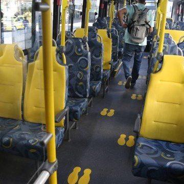 Ônibus convencionais só poderão levar 12 passageiros em pé e BRT até 30