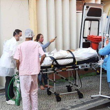 Mesmo após a Justiça determinar manutenção de hospitais de campanha, estado prossegue desmonte das unidades