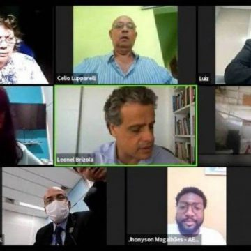 Casal aparece fazendo sexo durante reunião virtual da Câmara de Vereadores do Rio