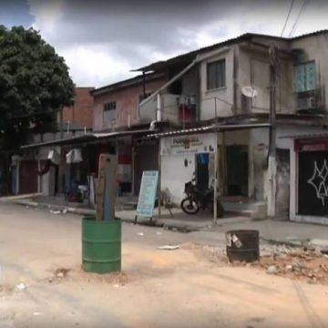 Polícia faz operação na Vila Kennedy e moradores relatam intenso tiroteio