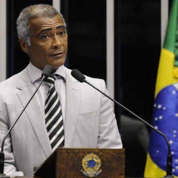 Romário transfere crédito de R$ 22 milhões a ex-assessor parlamentar