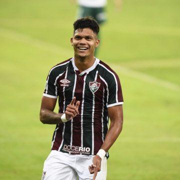 Em alta no Fluminense, Evanilson recebe proposta de grupo que gere Manchester City e outros clubes