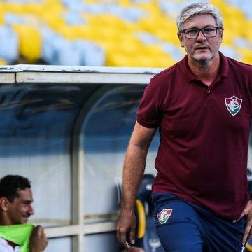 """Odair reencontra o Inter e elogia trabalho de Coudet, mas confia no Fluminense: """"Estou dando a vida"""""""