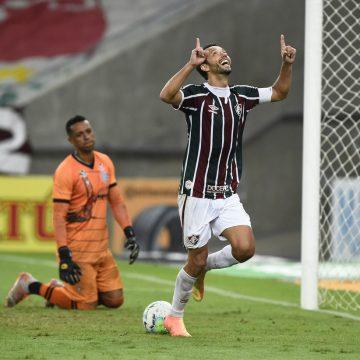 """""""O vô tá on"""": Nenê faz 5º hat-trick da carreira e alcança a artilharia do Brasil em 2020 pelo Fluminense"""