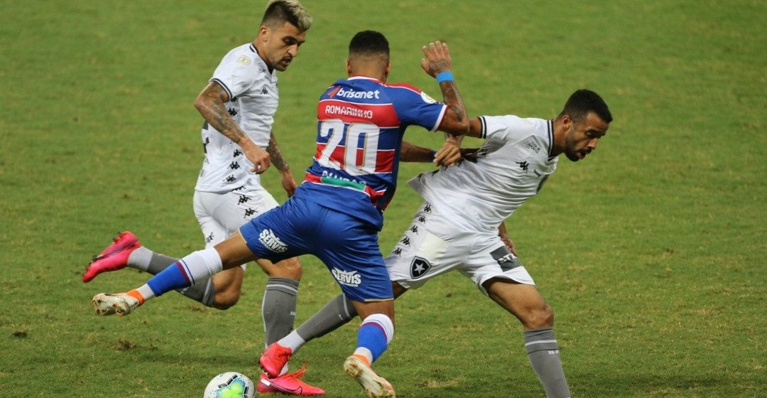 Botafogo fica no zero com o Fortaleza e segue sem vencer no Brasileiro
