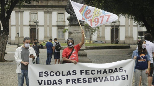 Rio, Niterói e Nova Iguaçu não têm data para volta às aulas nas escolas públicas; Caxias retorna em outubro