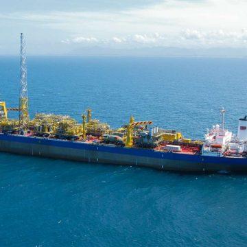 Petrobras desaponta construção naval nacional: Estaleiros perdem o Filé mignon de obras para 3 navios plataformas do tipo FPSO no gigantesco campo de Búzios, no pré-sal