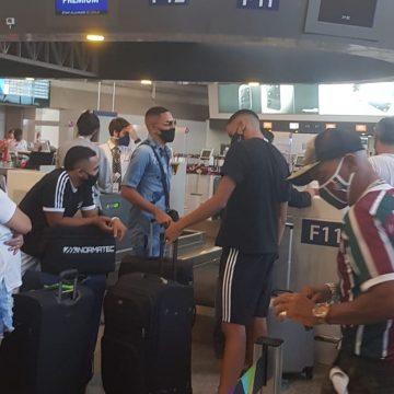 Negociado pelo Fluminense com o Benfica, de Jorge Jesus, Gilberto embarca para Portugal