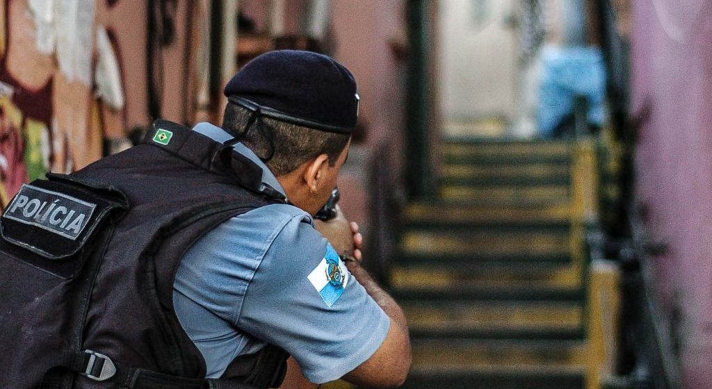 Maioria do STF confirma suspensão de operações policiais no Rio durante pandemia