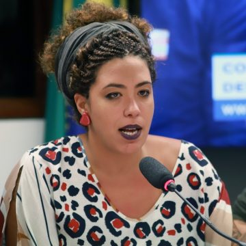 Talíria Petrone recebe ameaças e tem escolta policial durante licença maternidade: 'Ataque à democracia', diz deputada
