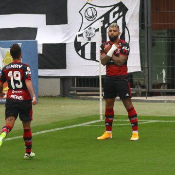 Flamengo muda estilo, aposta nos contra-ataques e vence o Santos em plena Vila Belmiro