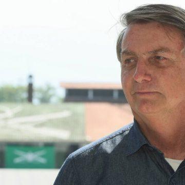 Bolsonaro quer prorrogar auxílio com valor menor, mas diz que 'R$ 200 é pouco'