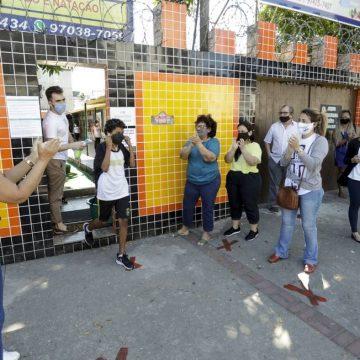 Crivella e proíbe retorno de aulas presenciais nas escolas particulares no Rio