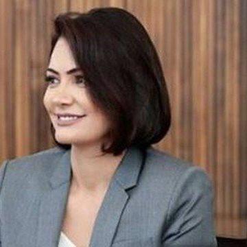 PSOL quer CPI para investigar depósitos em conta de Michelle Bolsonaro