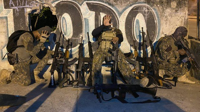 Drone da milícia, consórcio do tráfico: os bastidores da guerra pela Praça Seca