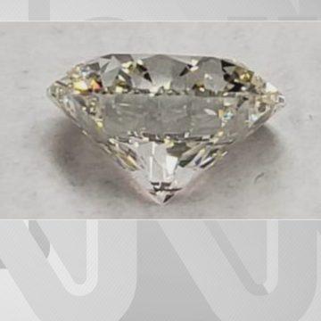 R$ 101 milhões: com diamantes de Cabral, leilão de 'bens do crime' bate recorde