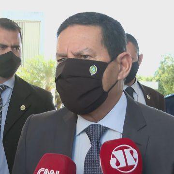 Mourão quer se envolver nas eleições municipais e fortalecer seu partido, o PRTB