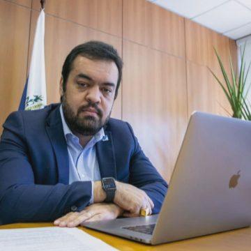 Foro privilegiado tirou Cláudio Castro de investigação, diz promotor