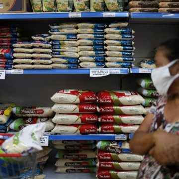 RJ: Seis supermercados são autuados por aumento abusivo de preços