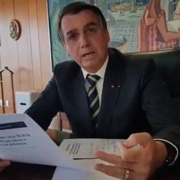 Bolsonaro diz que 'está proibido' se falar em Renda Brasil e afirmou que Bolsa Família vai continuar
