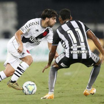 Em clássico eletrizante, Vasco abre série contra o Botafogo com vitória