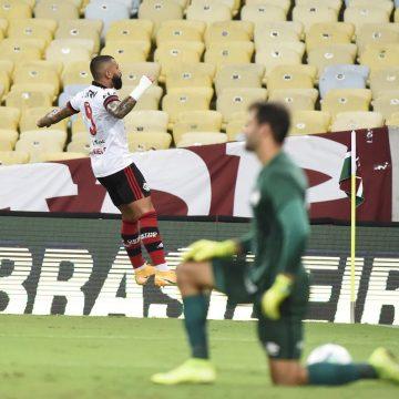 """Nas redes sociais, Gabigol provoca Fluminense após vitória do Flamengo: """"Tudo normal no RJ"""""""