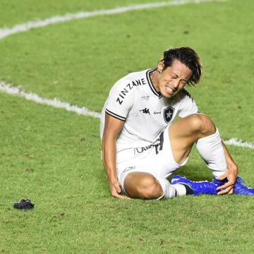 """Com jogos de três em três dias, Botafogo tem pouco tempo para treinos: """"A gente não trabalha"""""""