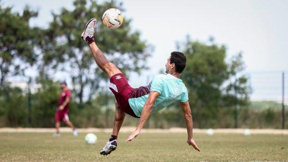 Ausência de Nenê abre espaço para nova chance de Ganso, 12º jogador de Odair no Fluminense