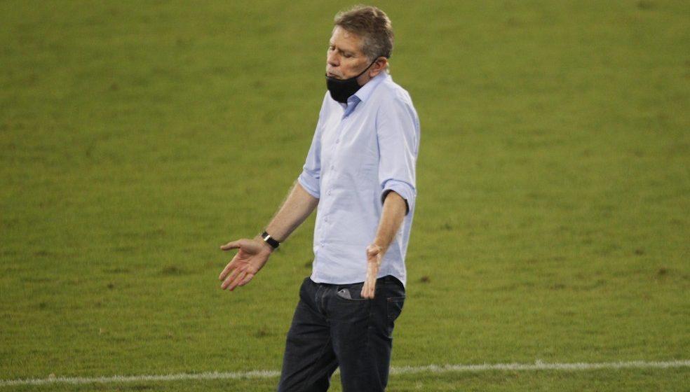 Autuori assume responsabilidade após derrota do Botafogo e explica substituições antes do intervalo