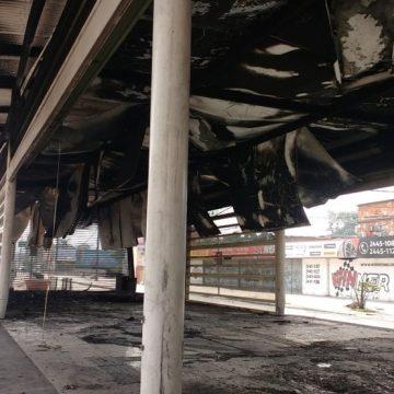 Incêndio destrói estação do BRT na Pavuna, Zona Norte do Rio