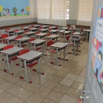 Juiz do TRT cita falta de estabilidade da média móvel ao proibir retorno às aulas presenciais no Rio