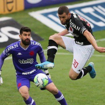 Vasco sofre gol no fim e perde para o Coritiba, no Couto Pereira