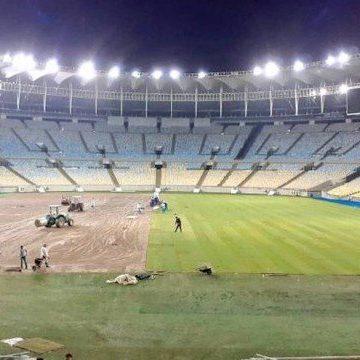Fluminense x Coritiba sai do Maracanã para dar mais tempo à troca do gramado