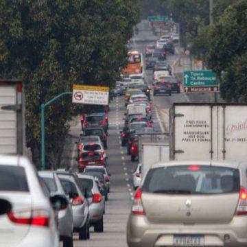 Multas a motoristas com documentação vencida na pandemia perderão efeito