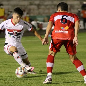 Em busca de atacantes, Botafogo ainda sonha com Ronald, sondou Luan e busca alternativas