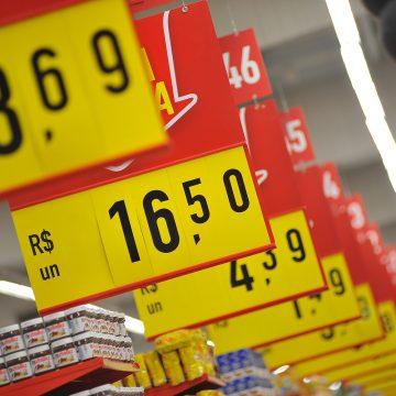 Inflação acelera para 0,64% em setembro, maior alta para o mês desde 2003