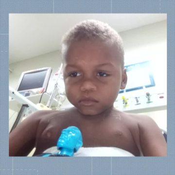 Criança está internada há duas semanas após cair em buraco com esgoto em Santa Cruz