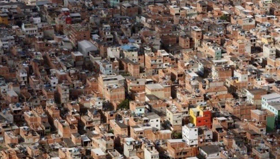 Rio tem mais operações em áreas do tráfico do que nas dominadas pela milícia, indica estudo