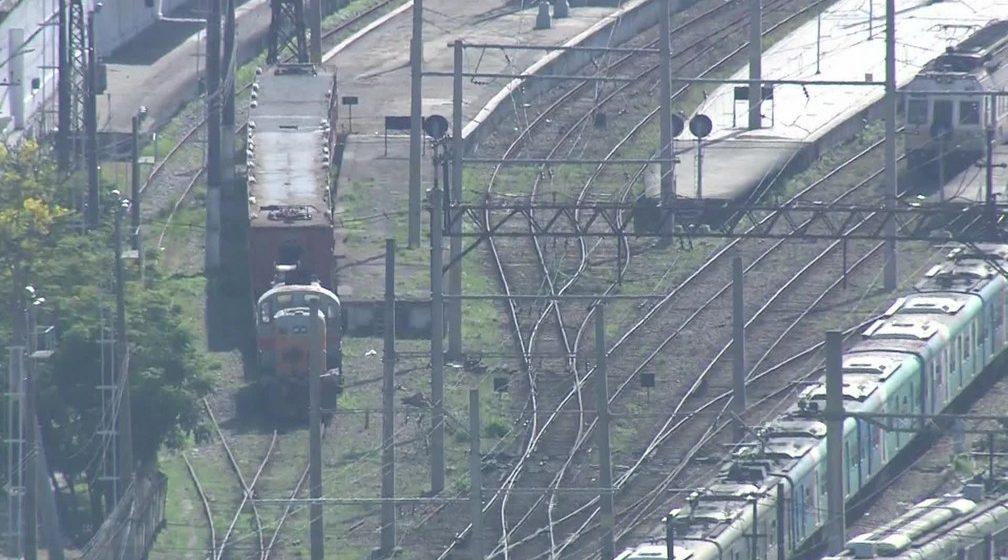 Bandidos sequestram trem da SuperVia