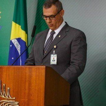 Governo exonera Otávio do Rêgo Barros, após anunciar extinção do cargo de porta-voz